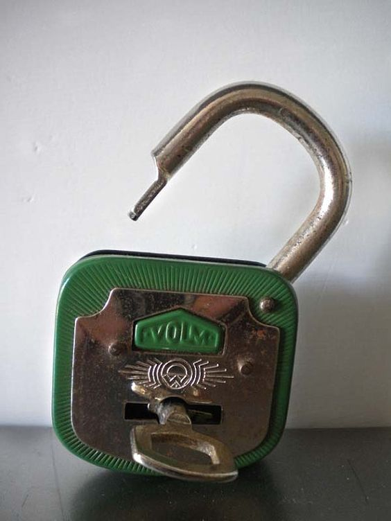 vintage locks and keys 26