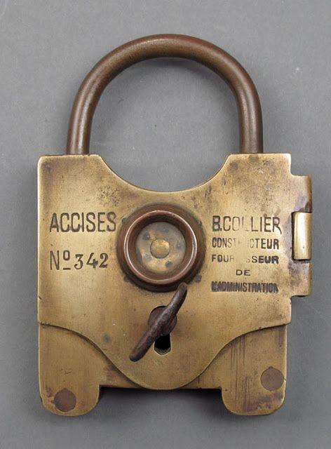 vintage locks and keys 27