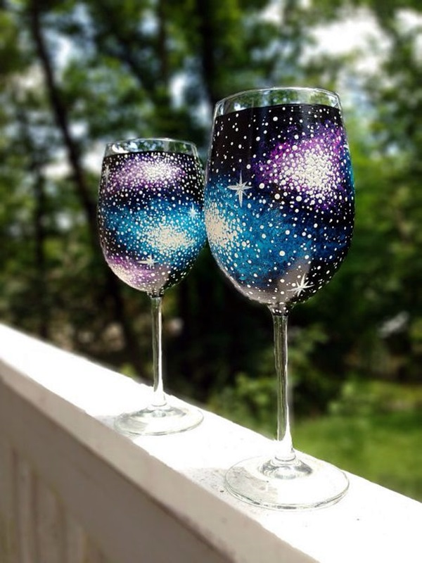 40 artistic wine glass painting ideas bored art for Best glass painting designs