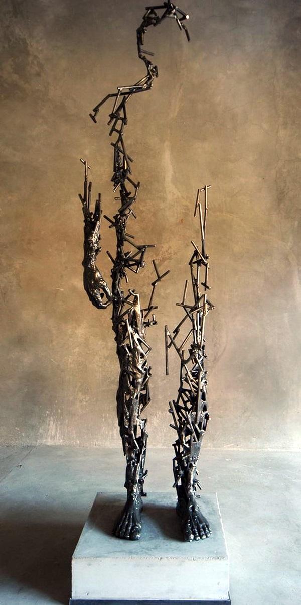 Astonishingly Life-Like Figuratives Sculptures (11)