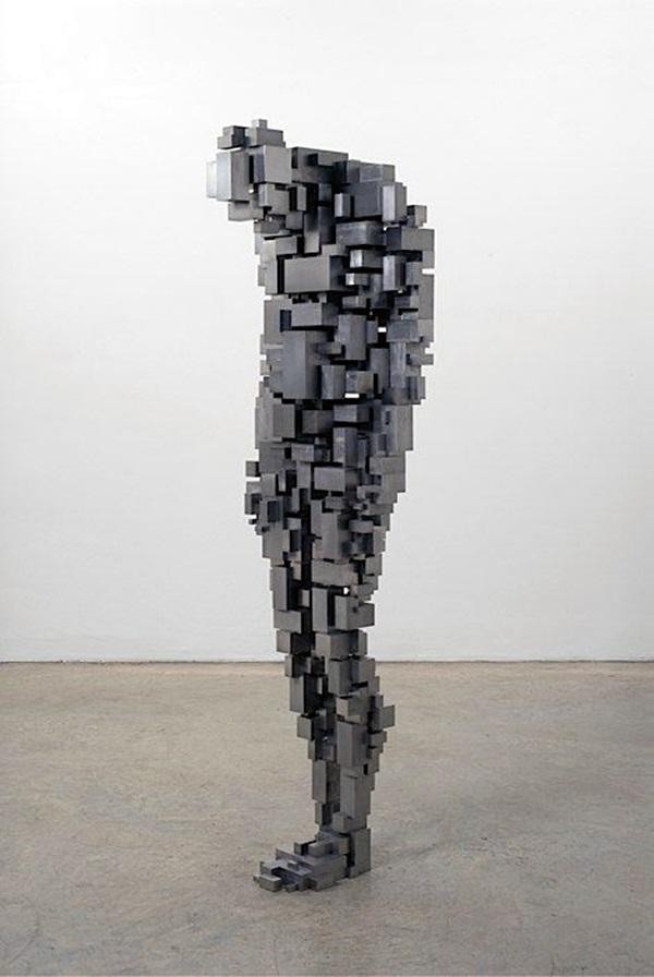 Astonishingly Life-Like Figuratives Sculptures (25)