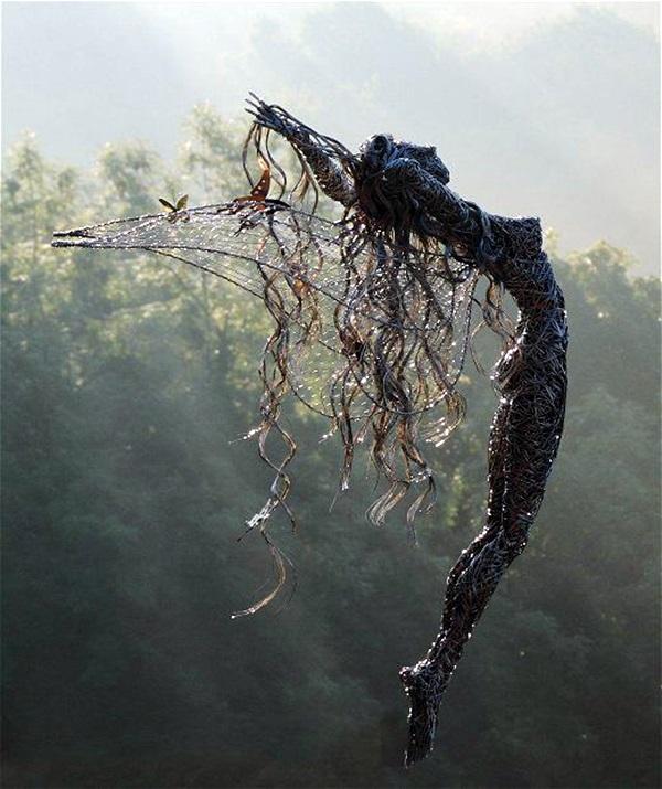 Astonishingly Life-Like Figuratives Sculptures (30)