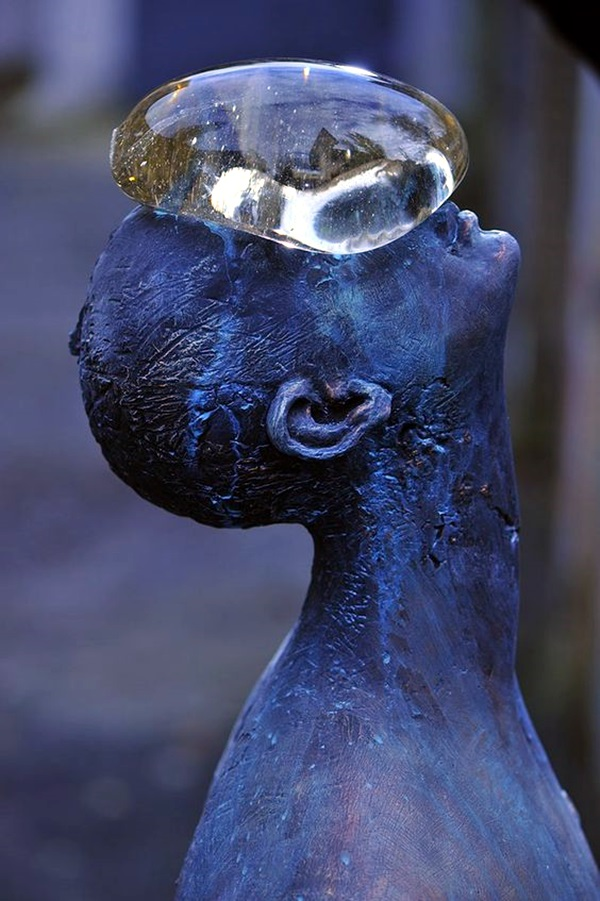 Astonishingly Life-Like Figuratives Sculptures (38)