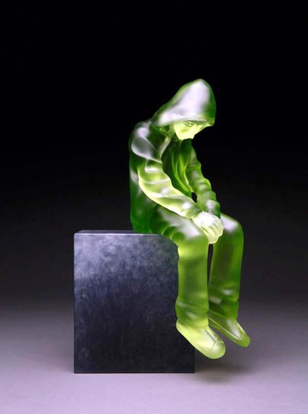 Astonishingly Life-Like Figuratives Sculptures (5)