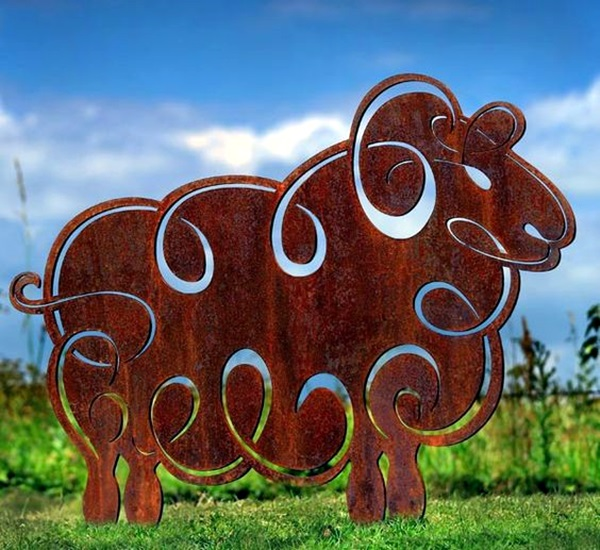 Utterly Beautiful Rusted Metal Art Works (31)