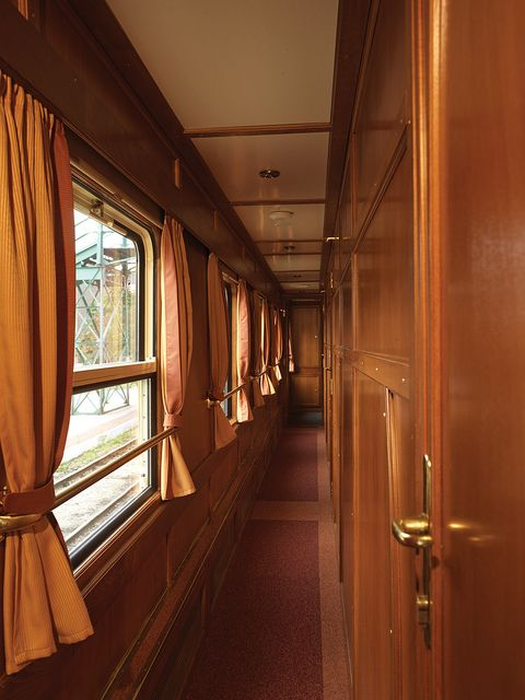 luxury train interiors 22