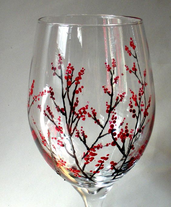Vitally wonderful wine glass designs to make you smile for Simple glass painting pictures