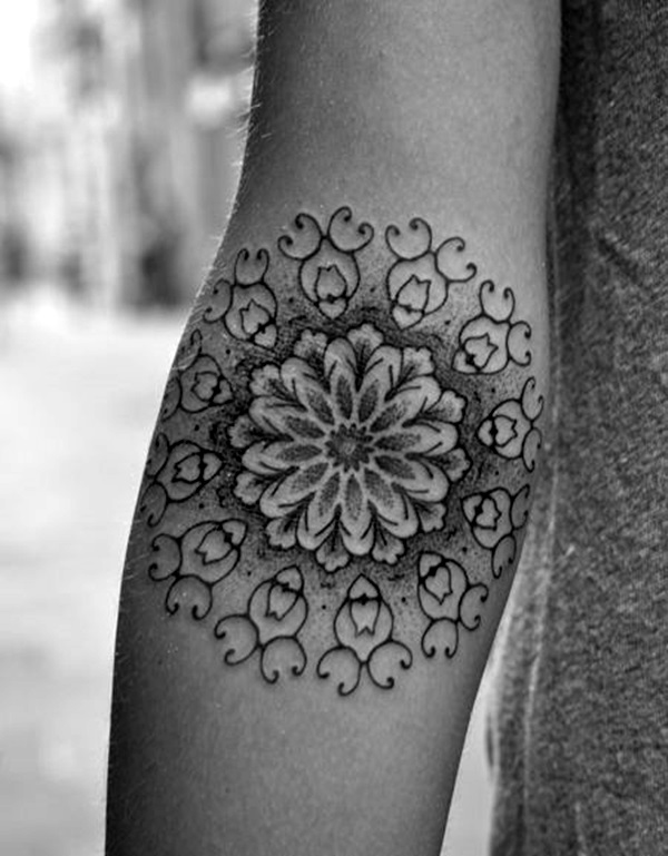 40 cute and artsy snowflake tattoos bored art. Black Bedroom Furniture Sets. Home Design Ideas
