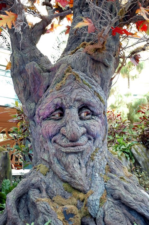 Exceptional Examples of Tree Carving Art (16)