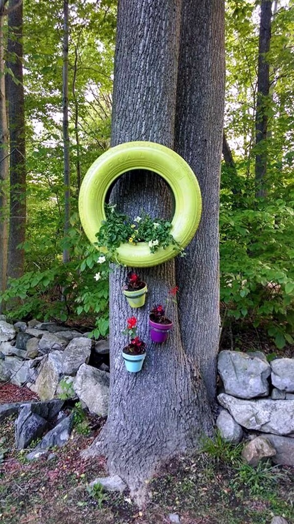 40 smart ways to use old tires bored art for How to use old tires in a garden