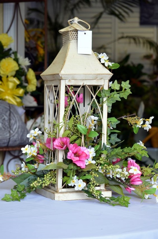 Ways Lanterns Can Give Your Home A Magical Touch (6)
