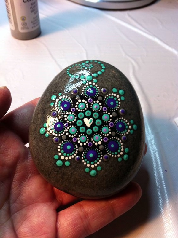 DIY Mandala Stone Patterns To Copy (28)