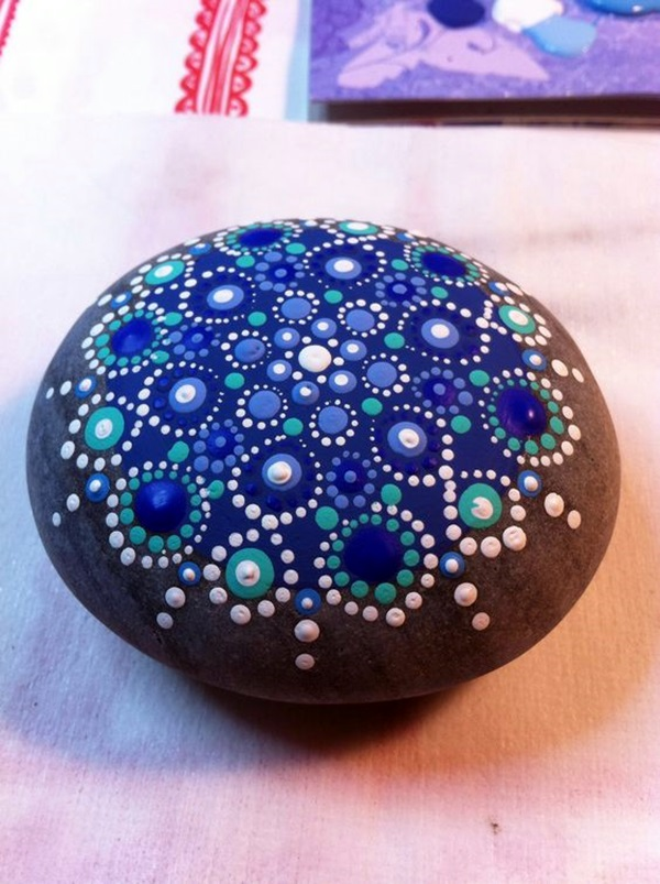 DIY Mandala Stone Patterns To Copy (33)