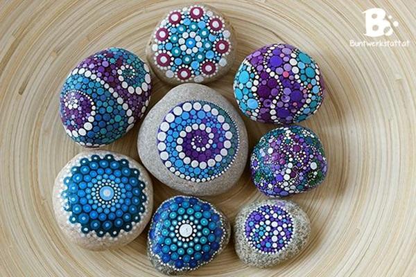 DIY Mandala Stone Patterns To Copy (4)
