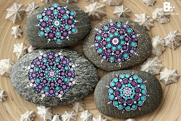 DIY Mandala Stone Patterns To Copy (40)
