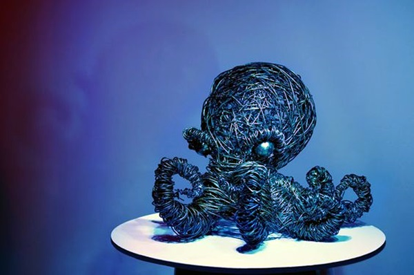 Extraordinary Line And Wire Sculptures (1)