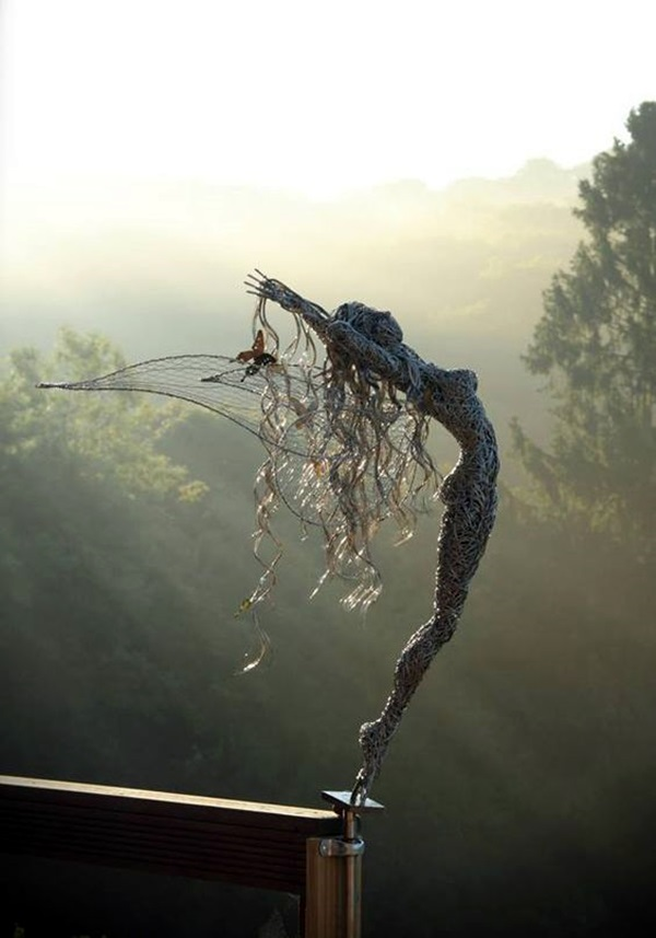 Extraordinary Line And Wire Sculptures (12)