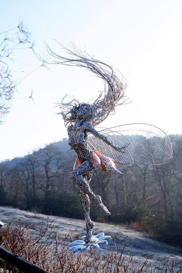 Extraordinary Line And Wire Sculptures (4)