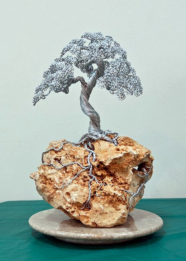 Extraordinary Line And Wire Sculptures (8)