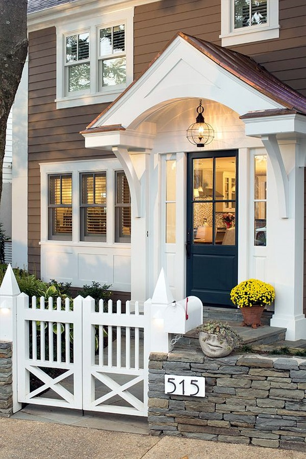 40 lovely door overhang designs bored art for Front gate entrance ideas
