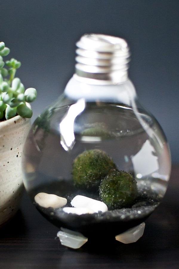 40 original light bulb aquarium decor ideas bored art - What you can do with old bulbs five smart craft ideas ...