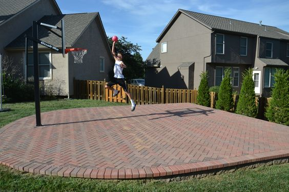 backyard basketball court ideas to help your family become champs bored art. Black Bedroom Furniture Sets. Home Design Ideas