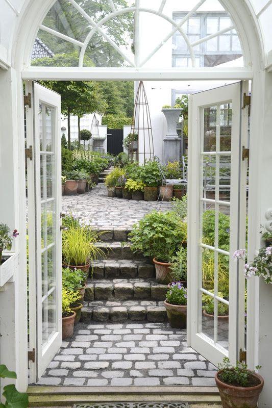 cobblestone patio designs 19