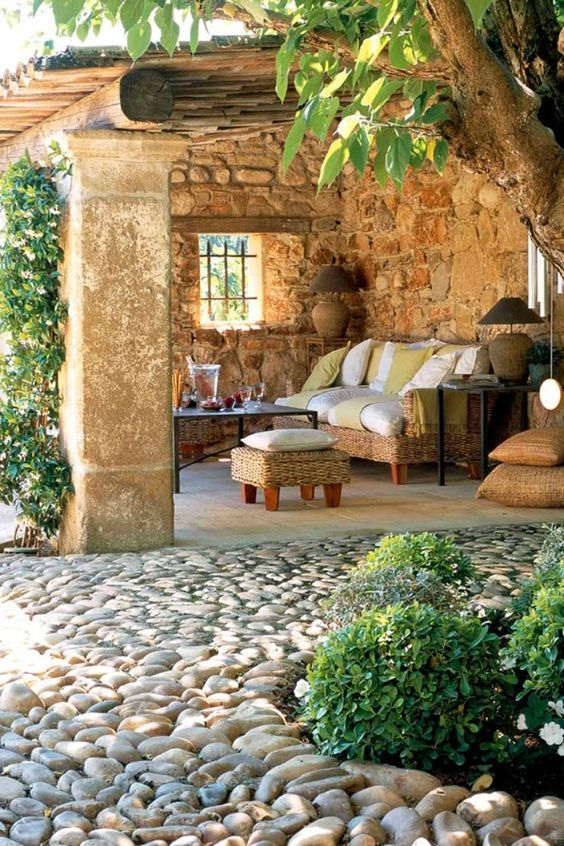 cobblestone patio designs 24