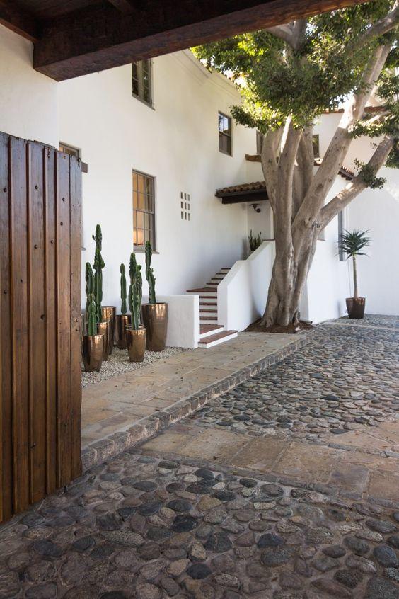 cobblestone patio designs 25