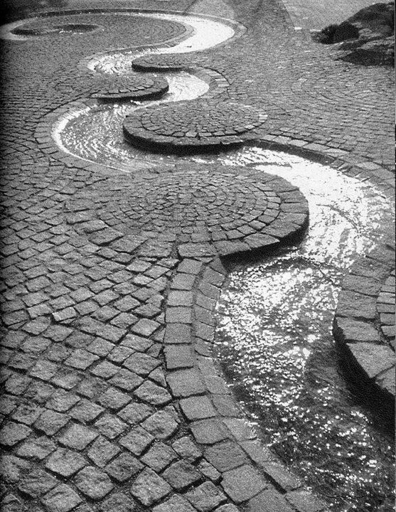 Paintings Of Cobblestone Paths : Cobblestone patio designs to bring a bit of the outdoors