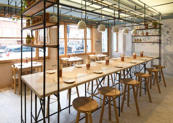 fastfood restaurant interiors 17