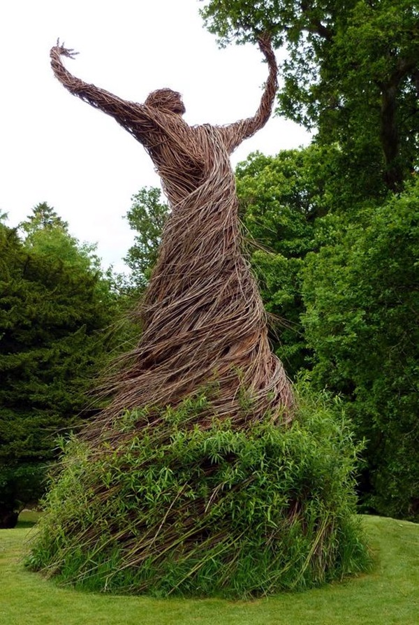 Fascinating Land Art Installations (12)