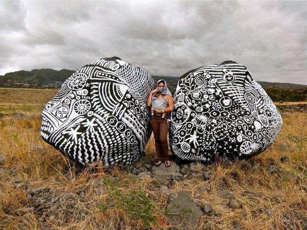 Fascinating Land Art Installations (19)