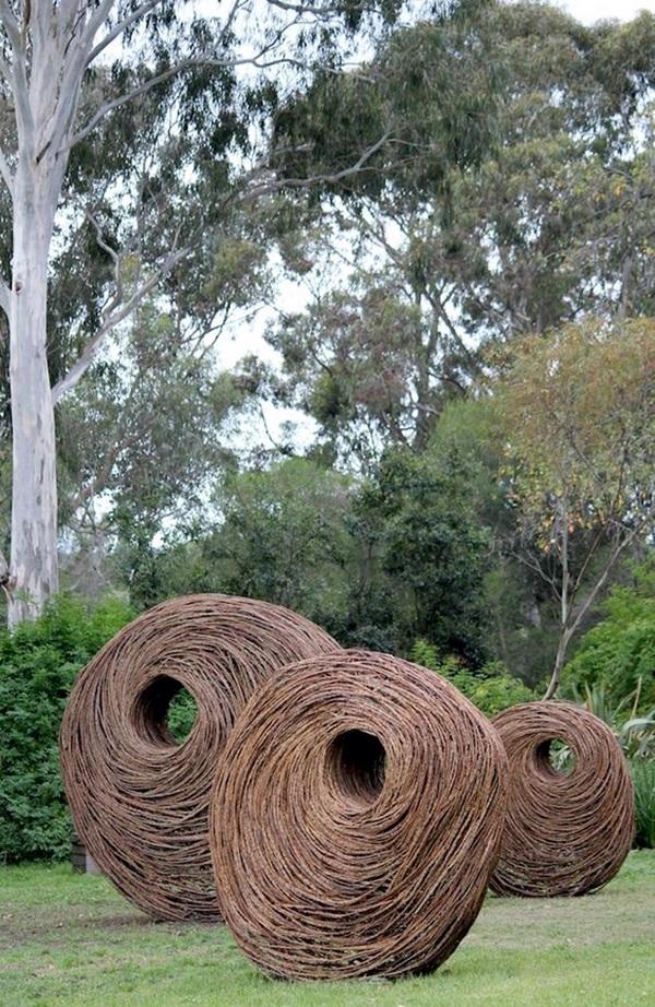 Fascinating Land Art Installations (23)