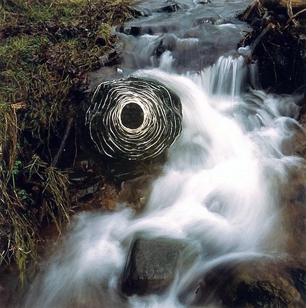 Fascinating Land Art Installations (34)