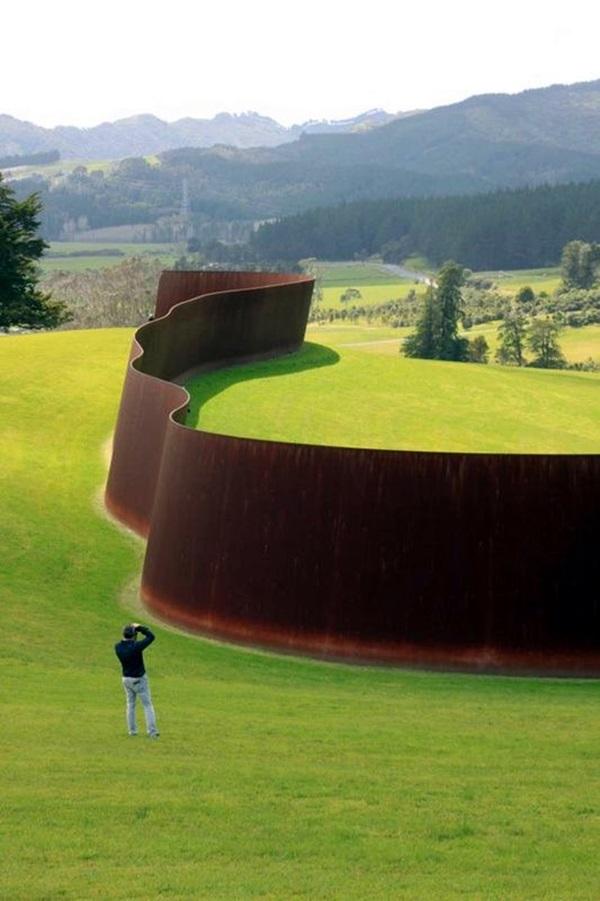 Fascinating Land Art Installations (6)