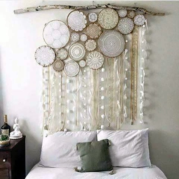 Ridiculously Artistic Fabric Wall Art Ideas (31)