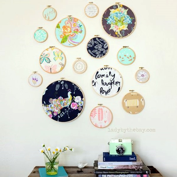 40 ridiculously artistic fabric wall art ideas for Fabric wall art