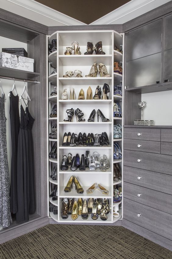 of shoes then you can have a slightly more complex shoe rack design