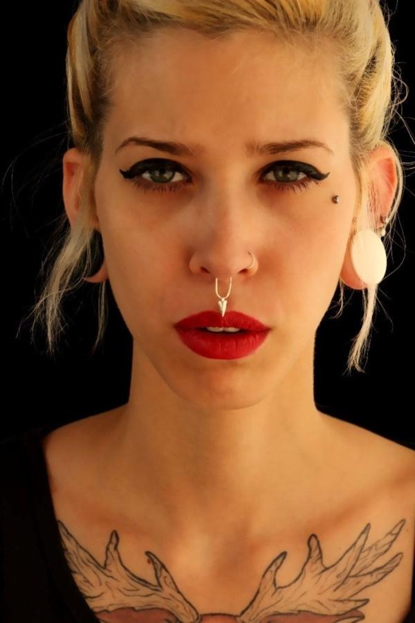 lovely-piercing-ideas-for-girls0041