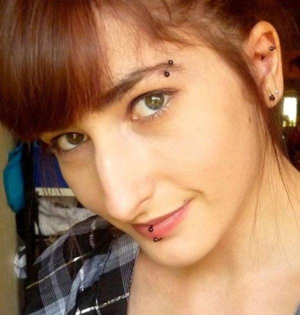 lovely-piercing-ideas-for-girls0111