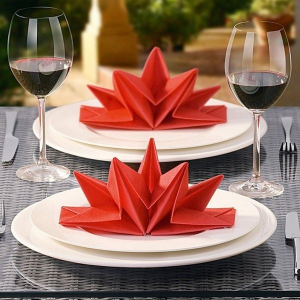 most-creative-table-napkin-folding-ideas-to-practice0031