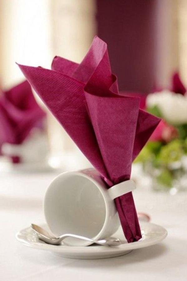 Servietten Falten Kaffeetafel : 40 most creative table napkin folding ideas to practice ~ A.2002-acura-tl-radio.info Haus und Dekorationen