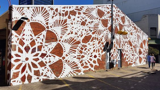 lace street art 13