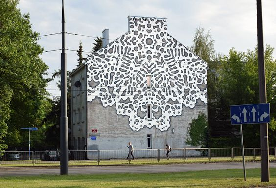 lace street art 15