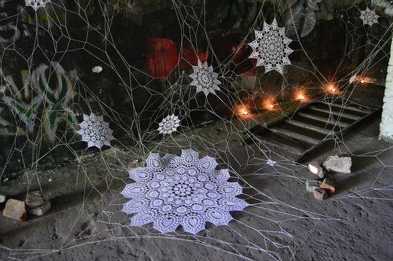 lace street art 19