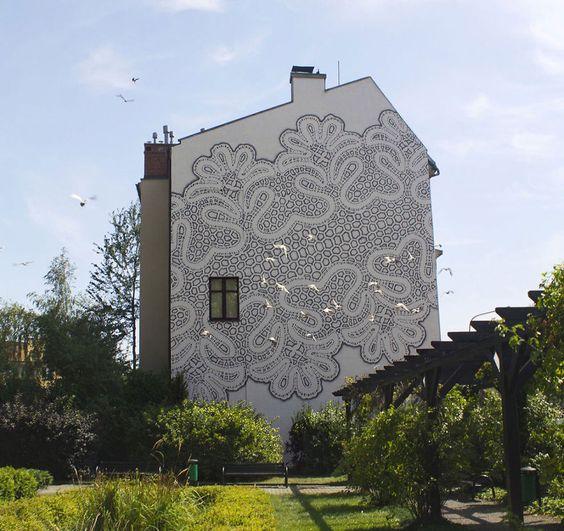 lace street art 21