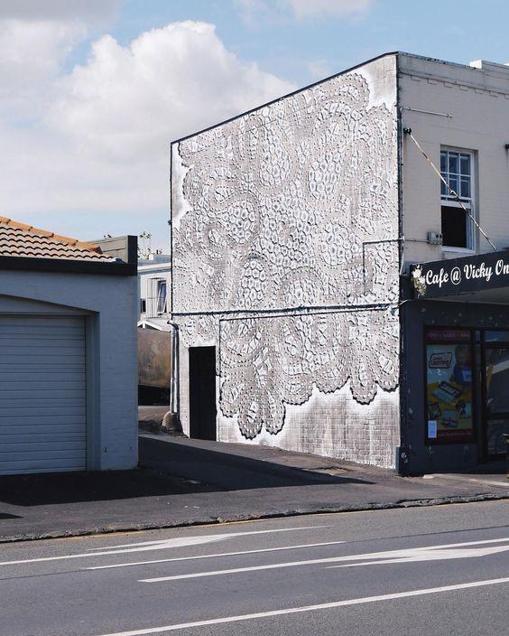 lace street art 25