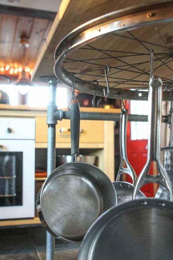 leonardo-da-vinci-ways-to-use-old-bicycle-rims0061