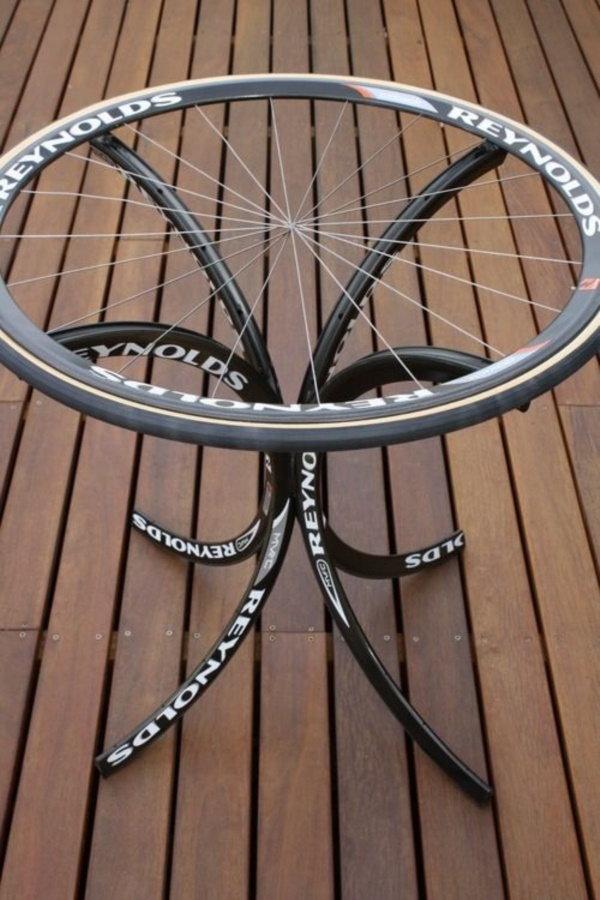 leonardo-da-vinci-ways-to-use-old-bicycle-rims0081
